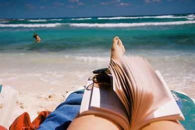 beach-book-ecean-sea-Favim.com-492168